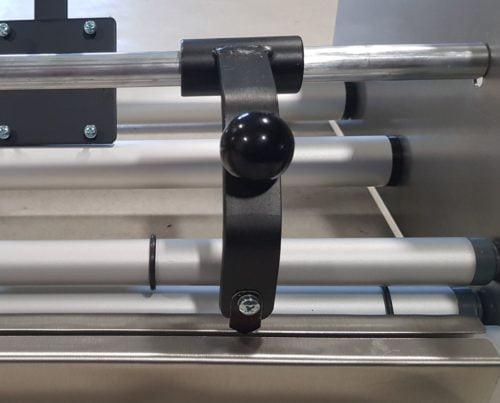 Folienabroller FAG-75NZS - Nahansicht optionales Schneidmesser
